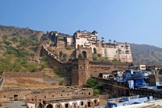 Bundi's centerpiece - the sentient Taragarh fortress