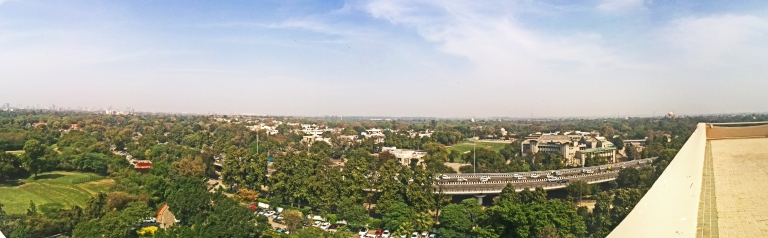 Looking eastwards, across the Nizamuddin Flyover