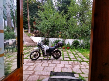 Early morning in Manali/ All set for the road ahead